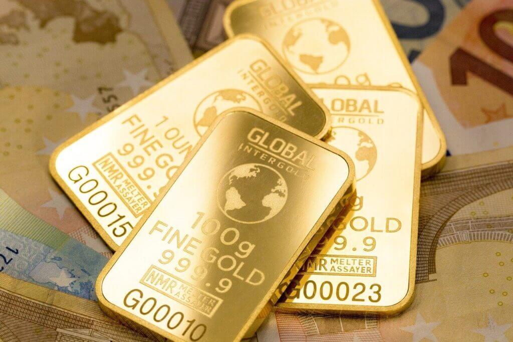 Arannyal álmodni, mit jelent?