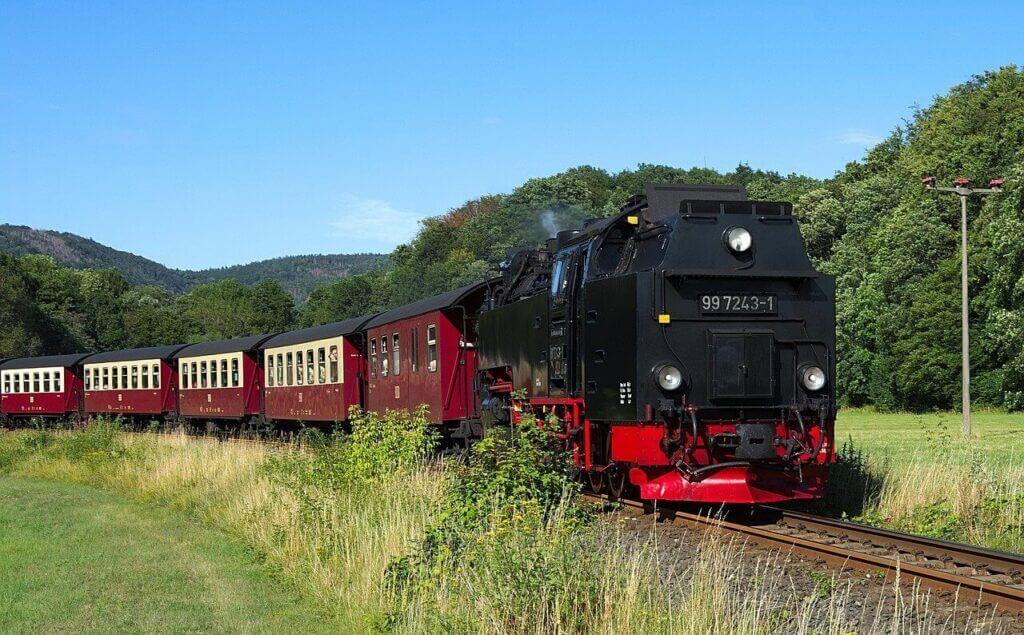 Vonattal álmodni, mit jelent?